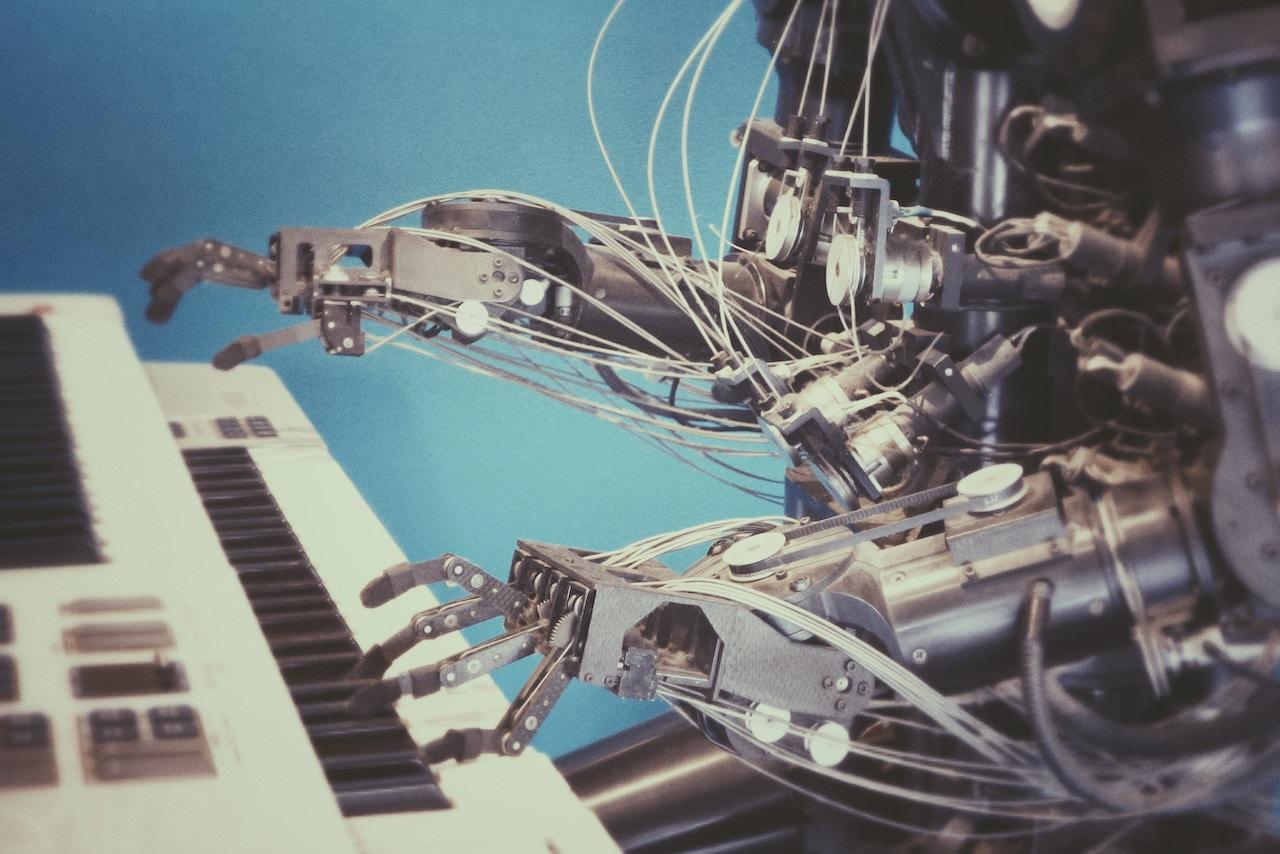 Intelligence artificielle et humains : y a-t-il de la place pour deux ?